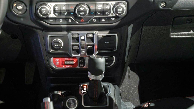 Lạ lẫm với 'lính chiến' bán tải Jeep Gladiator 2020 Ảnh 9