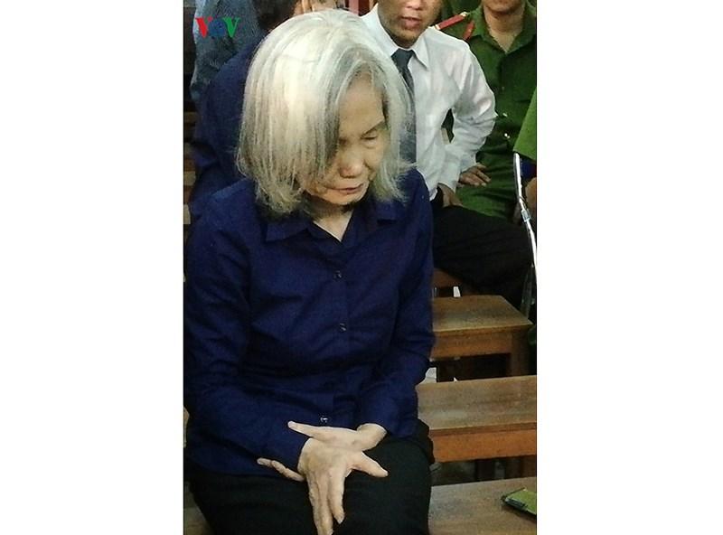 Bị cáo Nguyễn Thị Kim Xuyến khẳng định không chiếm đoạt 40 tỷ đồng Ảnh 1