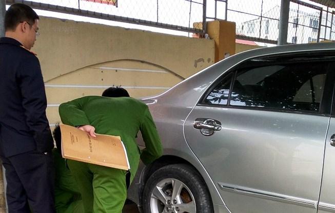 Vụ trung tá quân đội tử vong: Giám định xe hơi của cô giáo Ảnh 1