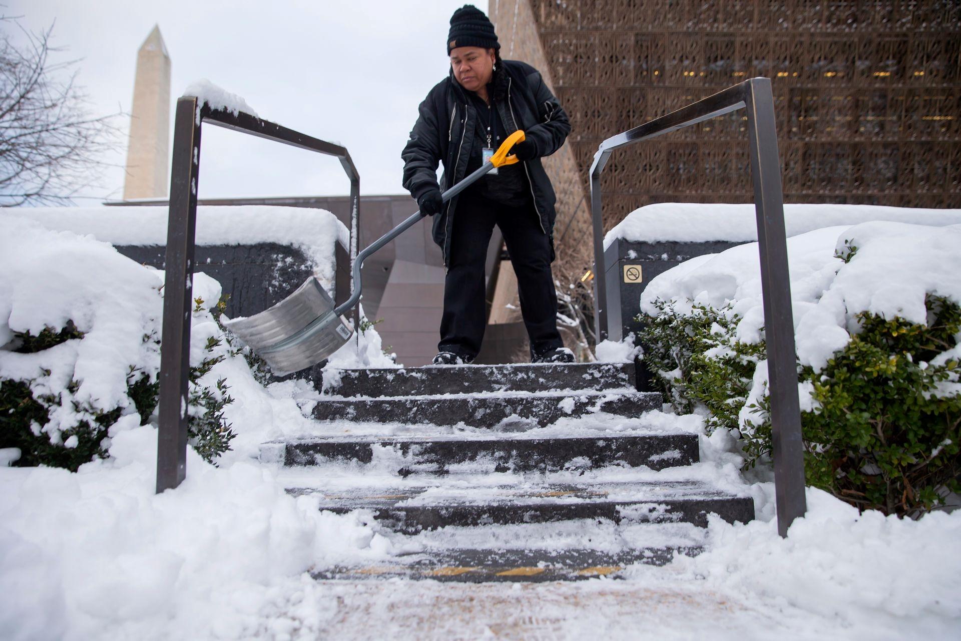 Mùa đông khắc nghiệt với tuyết rơi dày ở nhiều nơi trên thế giới Ảnh 20