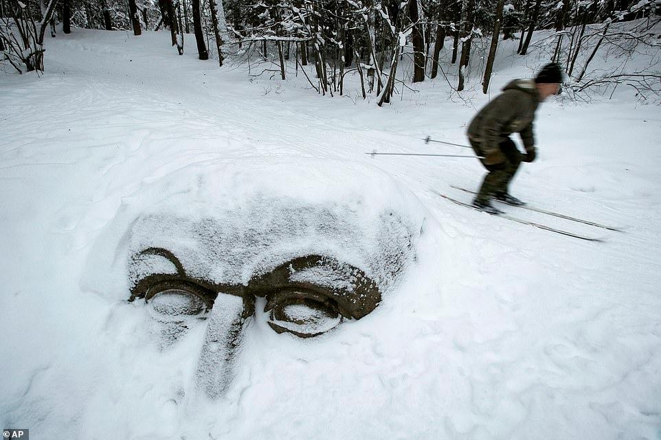 Mùa đông khắc nghiệt với tuyết rơi dày ở nhiều nơi trên thế giới Ảnh 18
