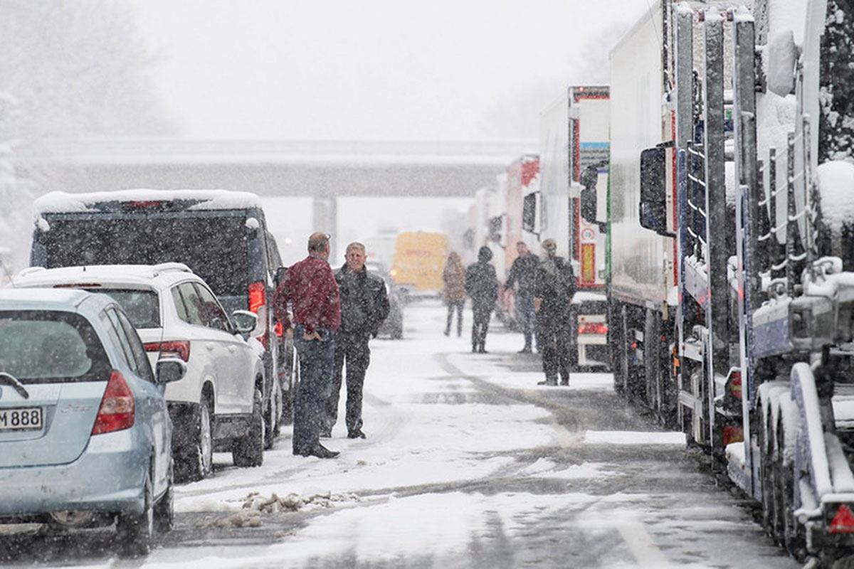 Mùa đông khắc nghiệt với tuyết rơi dày ở nhiều nơi trên thế giới Ảnh 6