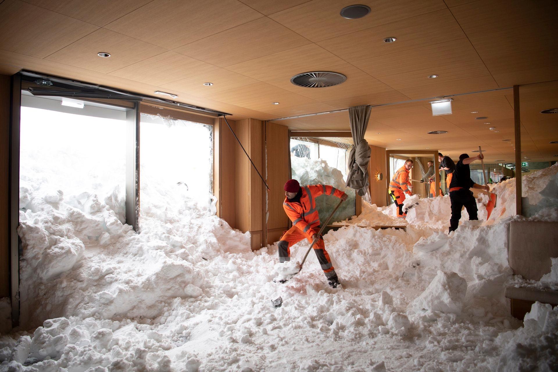 Mùa đông khắc nghiệt với tuyết rơi dày ở nhiều nơi trên thế giới Ảnh 8