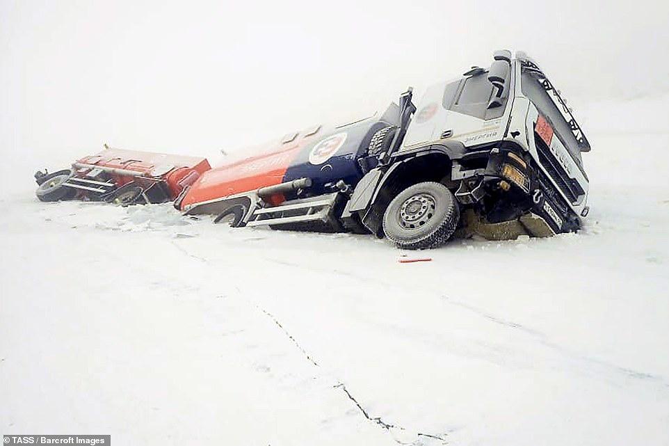 Mùa đông khắc nghiệt với tuyết rơi dày ở nhiều nơi trên thế giới Ảnh 16