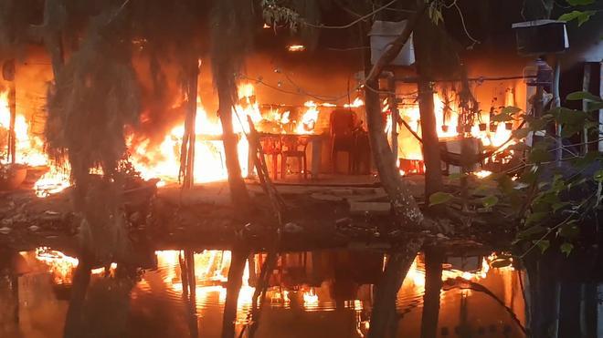 TP. HCM: Căn nhà tại cơ sở câu cá bốc cháy, nhiều cần thủ bỏ chạy tán loạn Ảnh 2