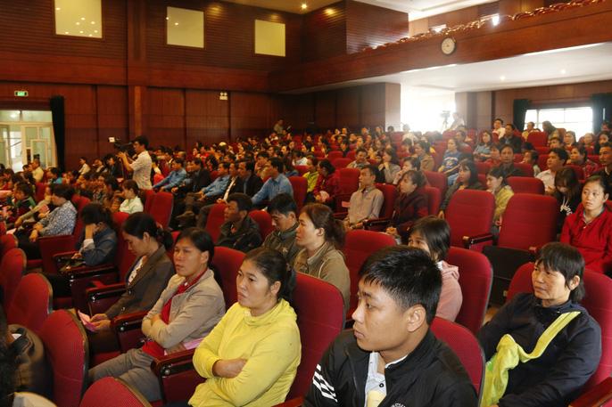Tết sum vầy ấm áp, hơn 3,5 tỉ đồng đến với công nhân Quảng Nam Ảnh 1