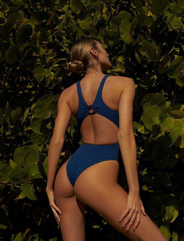 Mê mẩn ngắm body tuyệt mỹ của thiên thần nội y Candice Swanepoel Ảnh 14