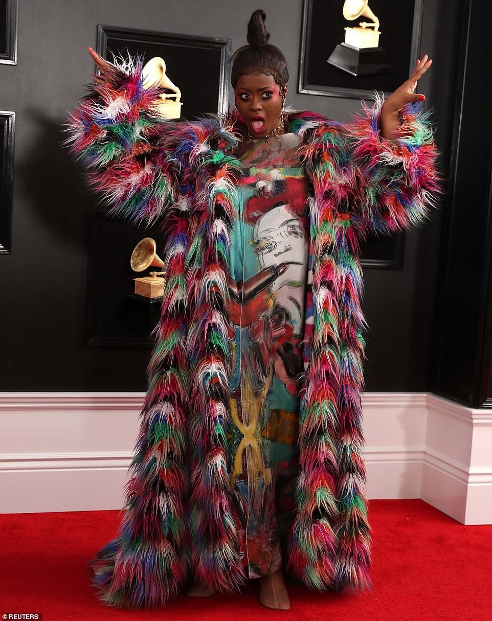 Những thảm họa thời trang tại lễ trao giải Grammy 2019 Ảnh 2