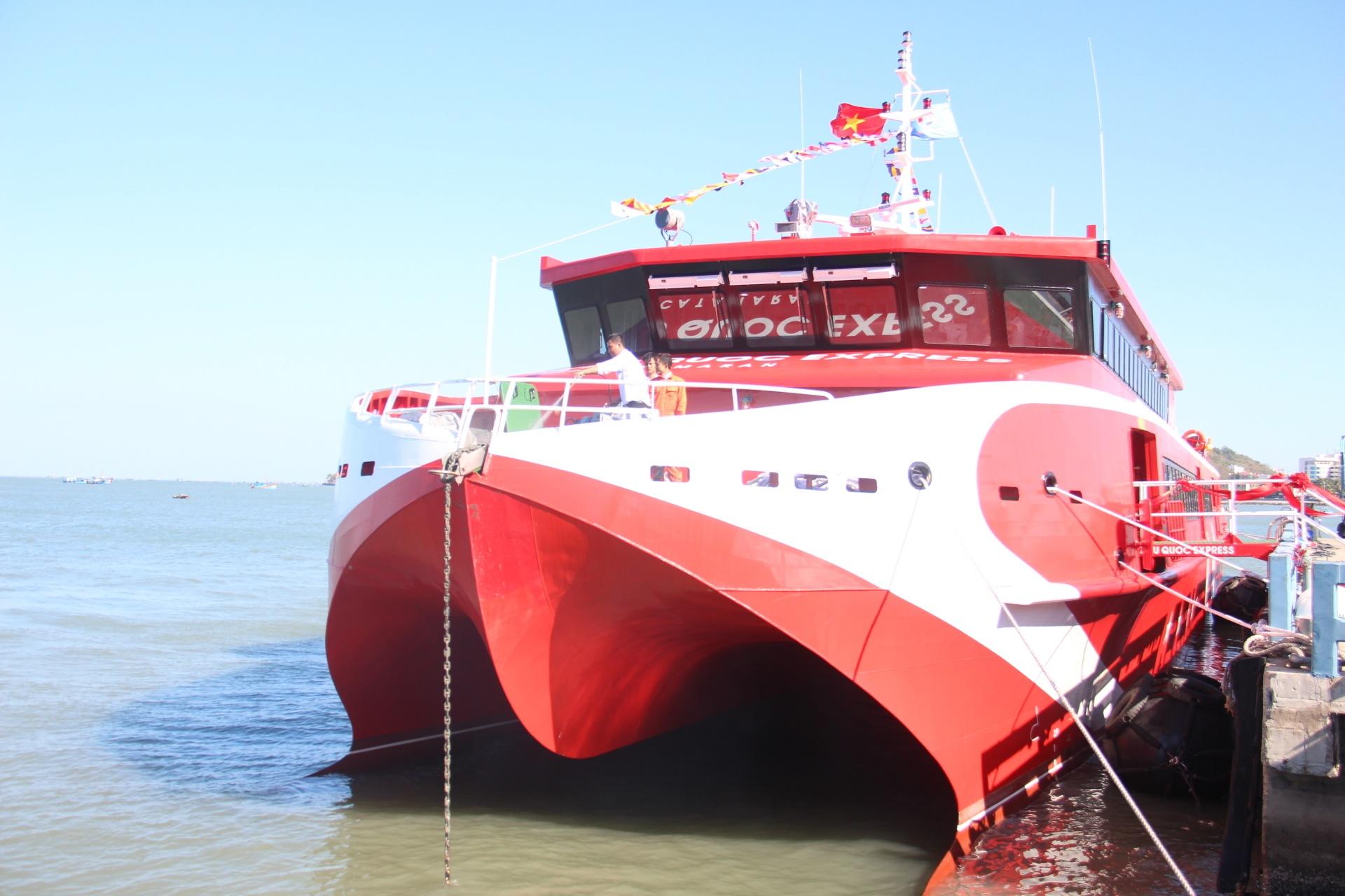 Bắt đầu khai thác tuyến tàu cao tốc Vũng Tàu - Côn Đảo Ảnh 1