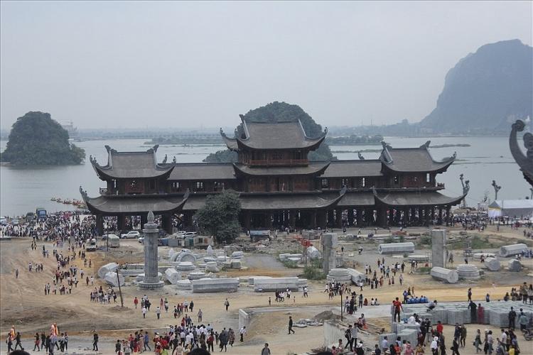 Khai Hội ngôi chùa lớn nhất thế giới- Tam Chúc Ảnh 1