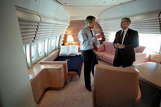 'Pháo đài bay' bất khả chiến bại của Tổng thống Mỹ đặc biệt như thế nào? Ảnh 3