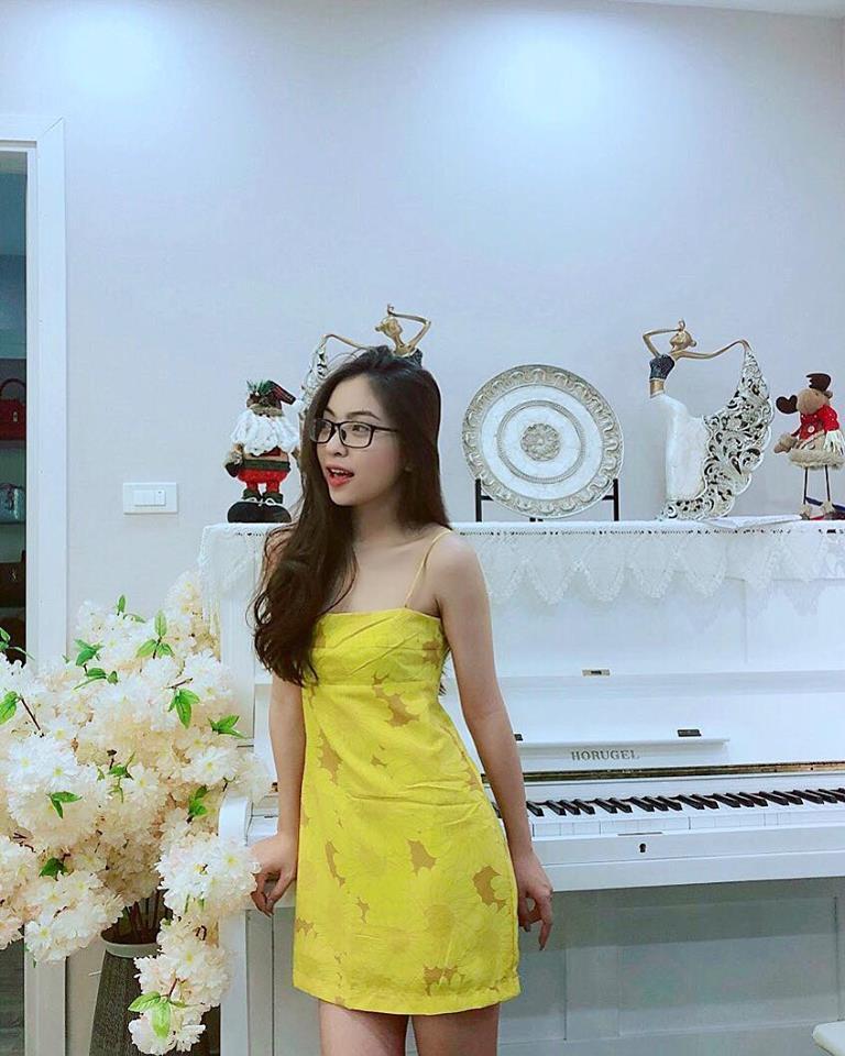 Bạn gái Quang Hải bị chỉ trích vì thích mặc đồ hở vai, thiếu vải Ảnh 7