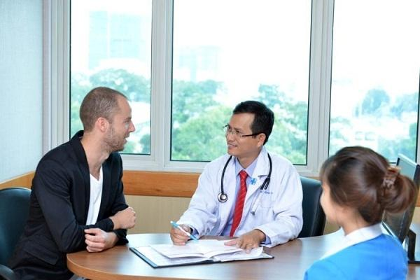 Bộ Y tế muốn 'kéo' bệnh nhân nước ngoài đến Việt Nam khám, chữa bệnh Ảnh 1