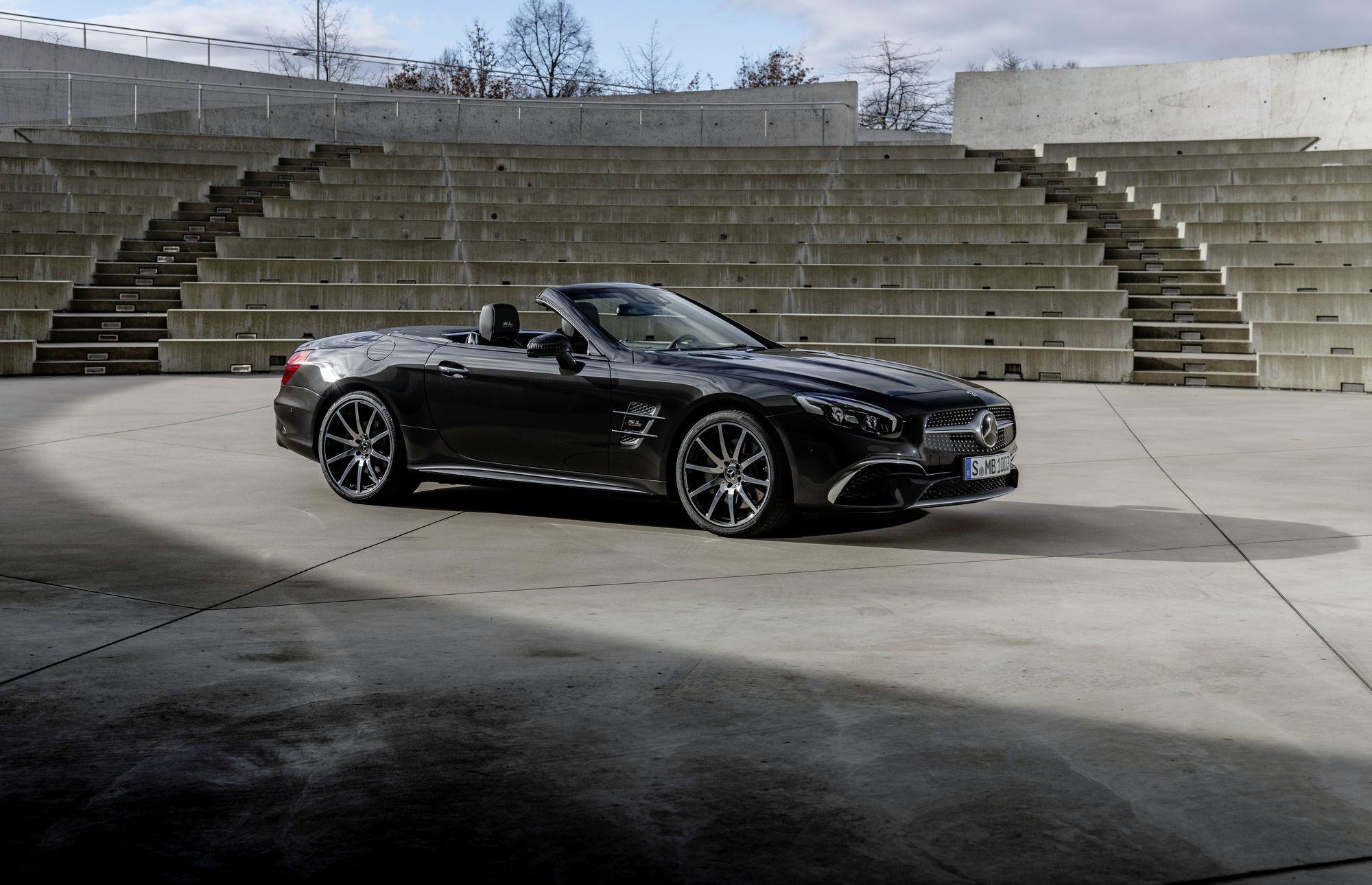 Mui trần hạng sang Mercedes-Benz SL Grand Edition giá từ 130.000 USD Ảnh 1