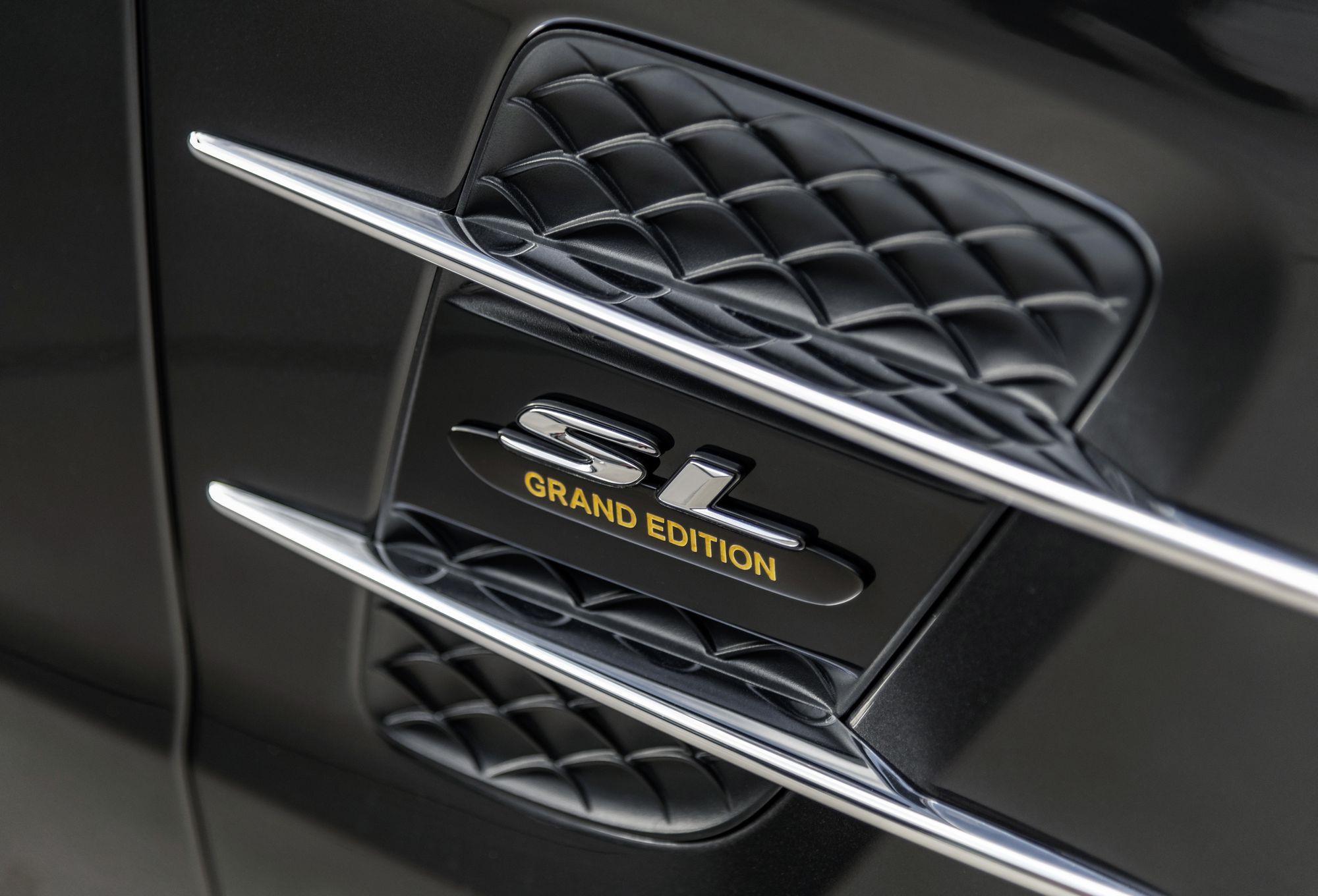Mui trần hạng sang Mercedes-Benz SL Grand Edition giá từ 130.000 USD Ảnh 3