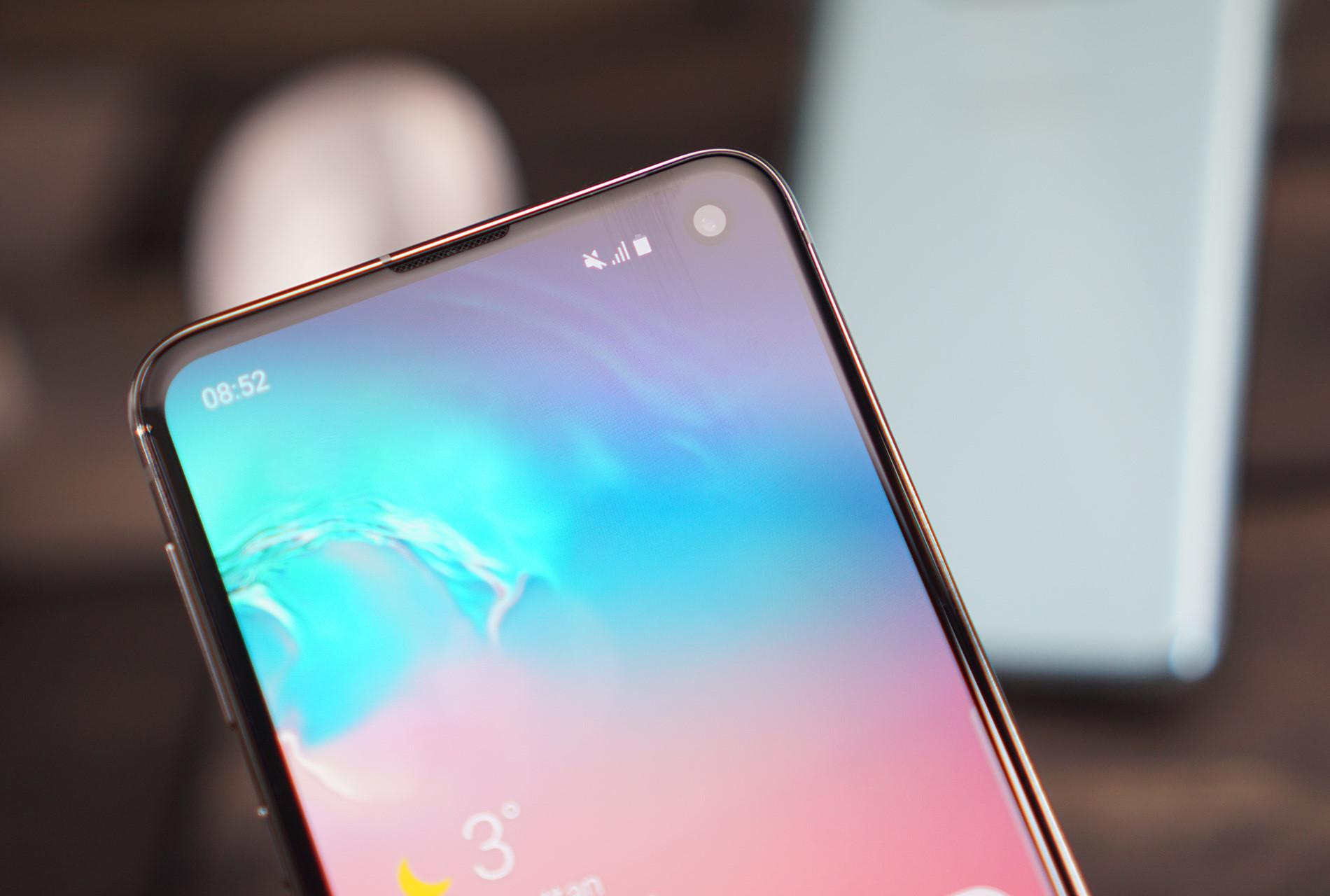 Chi tiết Galaxy S10e - vũ khí bí mật của Samsung? Ảnh 5