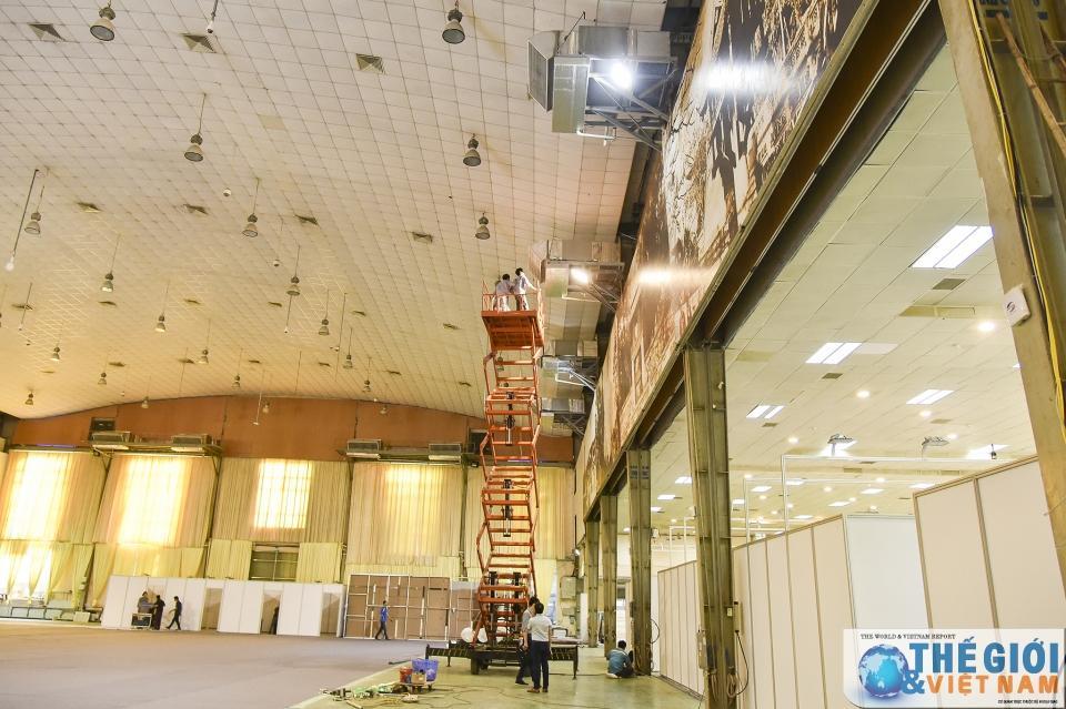 Trung tâm Báo chí quốc tế tất bật chuẩn bị trước thềm Hội nghị thượng đỉnh Mỹ - Triều Ảnh 2