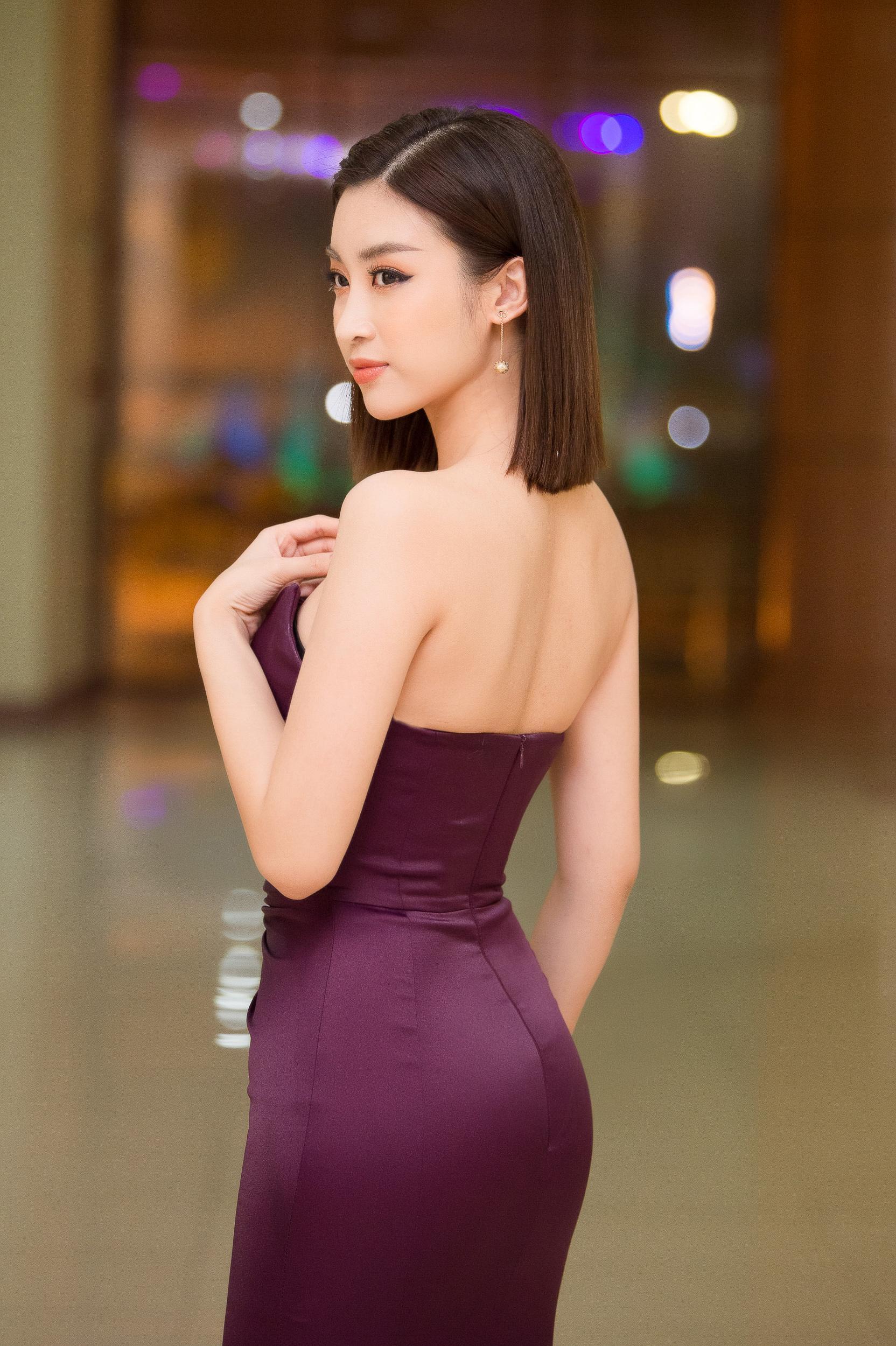 Hoa hậu Đỗ Mỹ Linh mê hoặc mọi ánh nhìn nhờ body như nữ thần và nhan sắc tinh khiết Ảnh 6