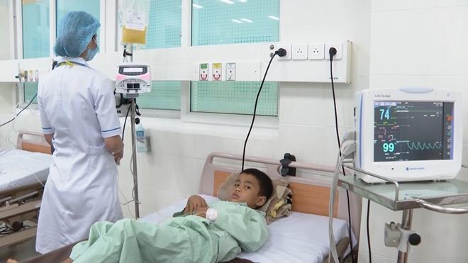 Đại úy Công an hiến tiểu cầu cứu cháu bé 9 tuổi Ảnh 2