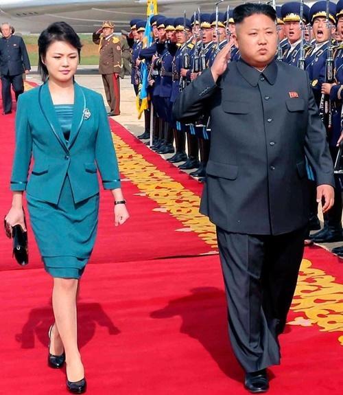 Phu nhân ông Kim Jong Un: Biểu tượng thời trang của phụ nữ Triều Tiên Ảnh 2