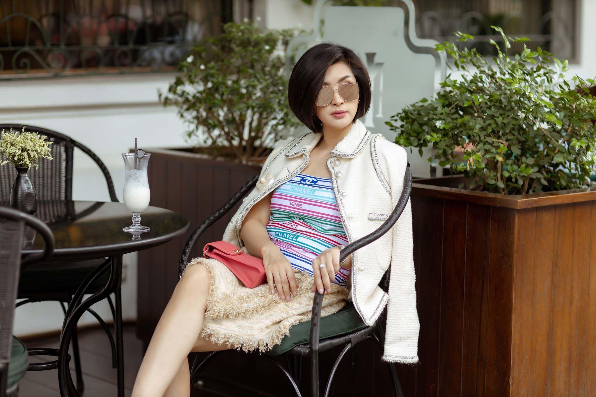 Sau 14 năm rời Việt Nam vì scandal, Nguyễn Hồng Nhung đẹp rạng rỡ ngày trở lại Ảnh 8