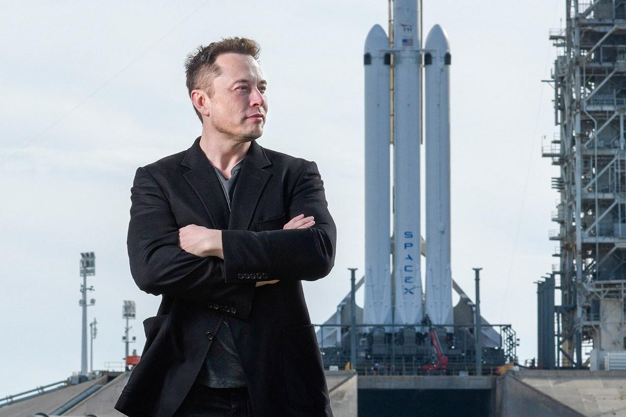 Elon Musk từng sống với 1 đô la một ngày và những bí mật thời thơ ấu của tỷ phú công nghệ Ảnh 7