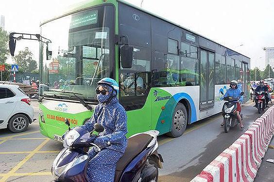 Thí điểm cấm xe máy tuyến Lê Văn Lương hoặc Nguyễn Trãi: Người dân và chuyên gia nói gì? Ảnh 4