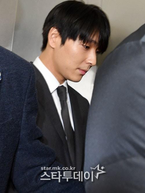 Choi Jong Hoon trình diện, Seungri bị tố tổ chức mại dâm ở nước ngoài Ảnh 7