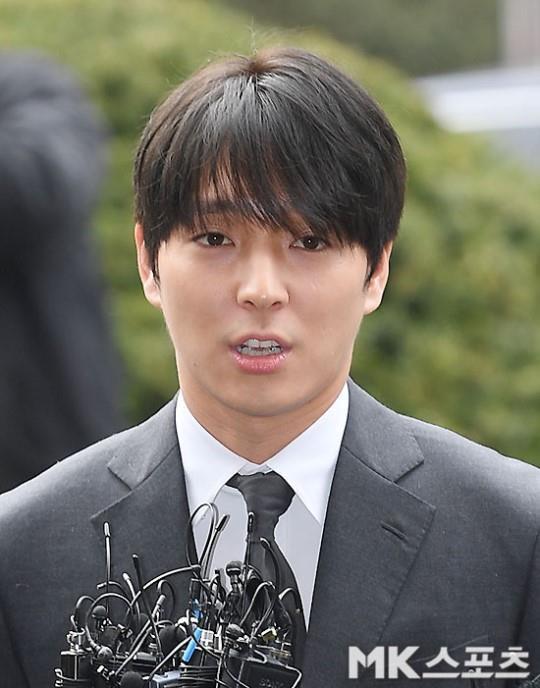 Choi Jong Hoon trình diện, Seungri bị tố tổ chức mại dâm ở nước ngoài Ảnh 3