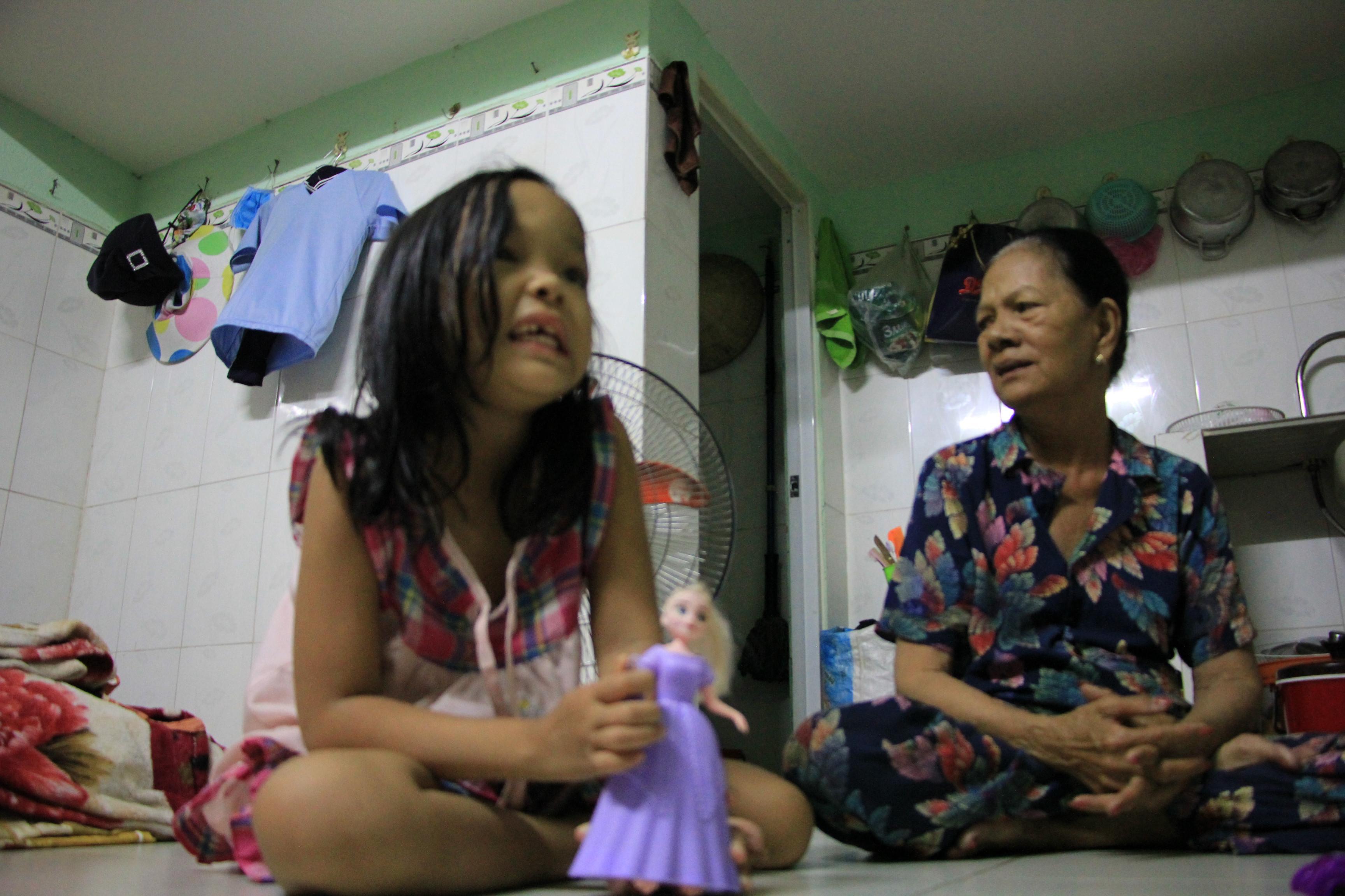 Bảo vệ già ở Sài Gòn bị dàn cảnh trộm xe SH: Không nhận thêm tiền, giúp lại người khác Ảnh 3