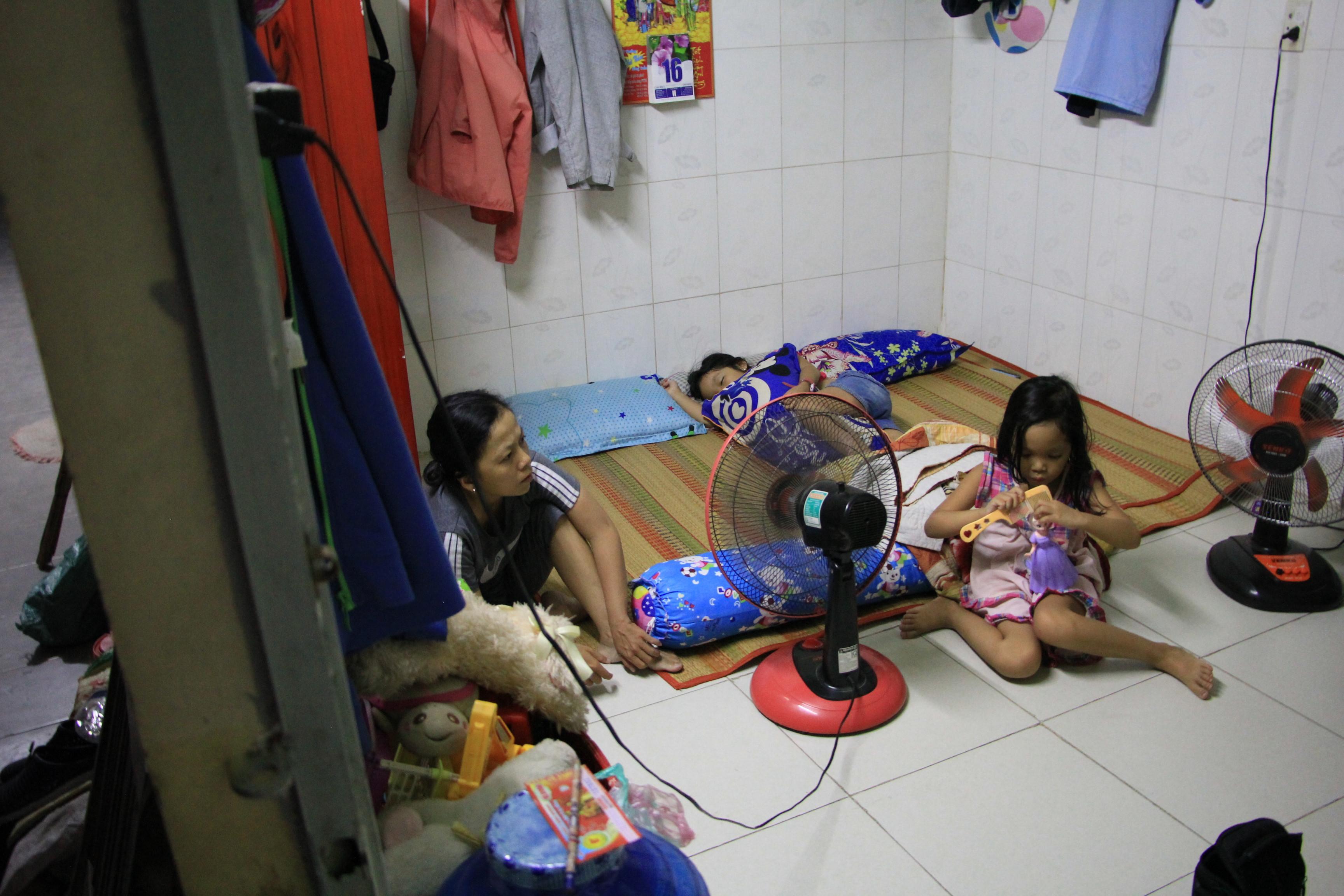 Bảo vệ già ở Sài Gòn bị dàn cảnh trộm xe SH: Không nhận thêm tiền, giúp lại người khác Ảnh 4