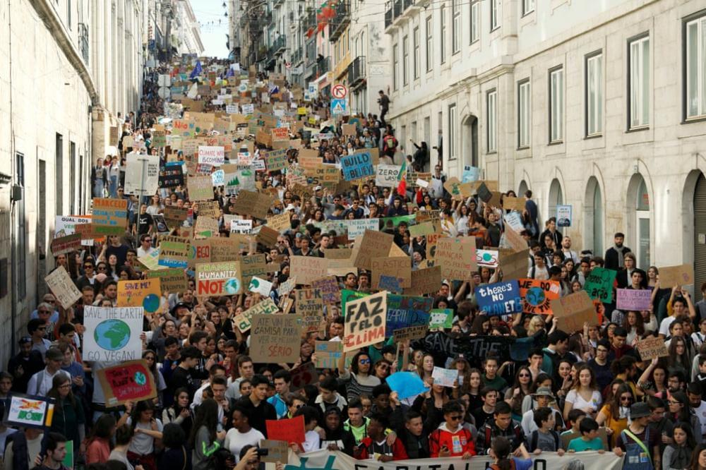 Học sinh, sinh viên trên toàn thế giới biểu tình: 'Hãy cứu lấy tương lai của Trái đất' Ảnh 9