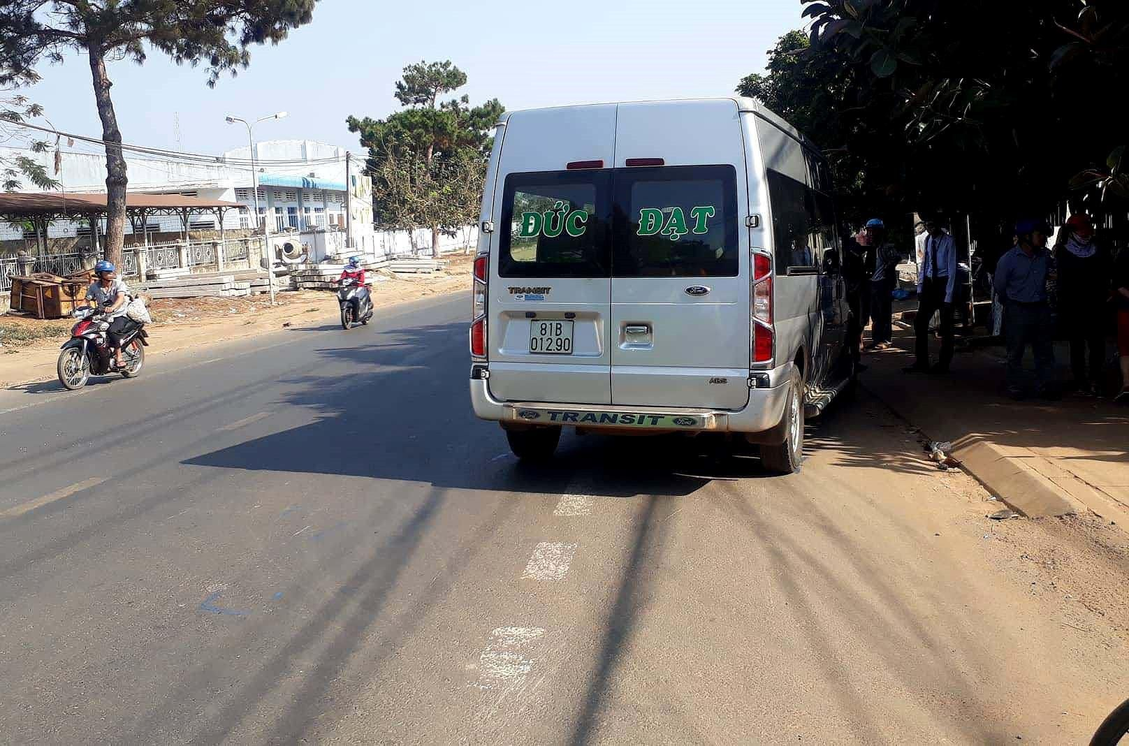 Nữ sinh lớp 7 bị tài xế lái xe khách tông tử vong Ảnh 2