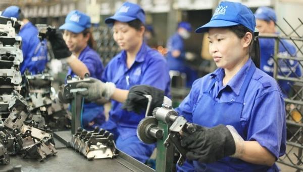 Việt Nam không thể thịnh vượng nếu mãi coi lao động giá rẻ là lợi thế Ảnh 1
