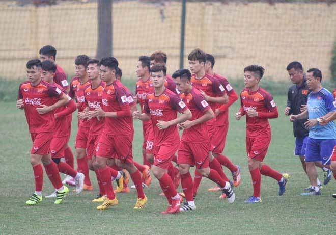 TRỰC TIẾP U23 Việt Nam vs U23 Brunei: Vạn sự khởi đầu xuôi Ảnh 1