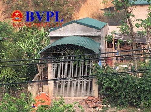 Mẹ nữ sinh giao gà ở Điện Biên kể về cảm giác khi vợ nghi phạm Công đến nhà thắp hương Ảnh 2