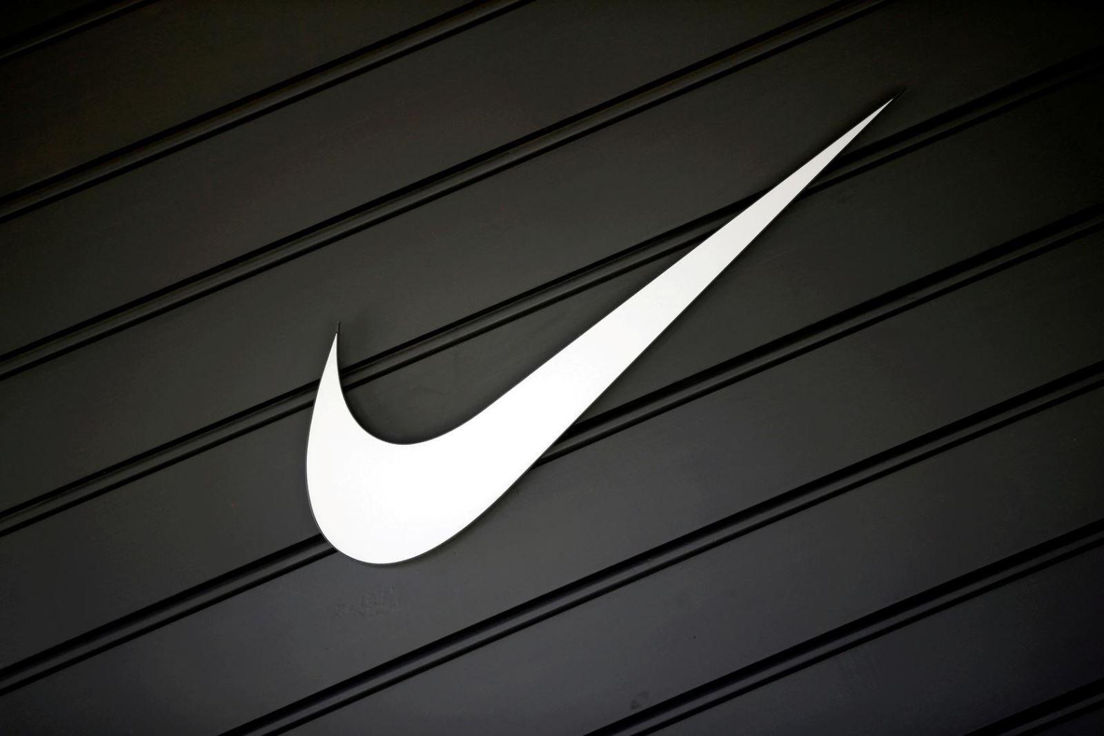 Nike bị phạt hơn 14 triệu USD vì cản trở các câu lạc bộ bóng đá châu Âu bán đồ thể thao Ảnh 1