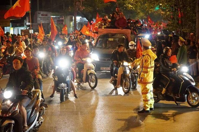 Cảnh sát Hà Nội sẵn sàng chống đua xe sau U23 Việt Nam thắng đậm Thái Lan Ảnh 1