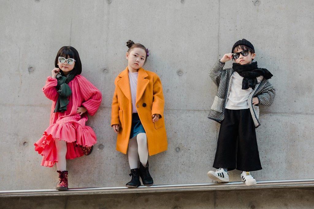 Ngắm thời trang cực sành điệu của các mẫu nhí tại Seoul Fashion Week Ảnh 1
