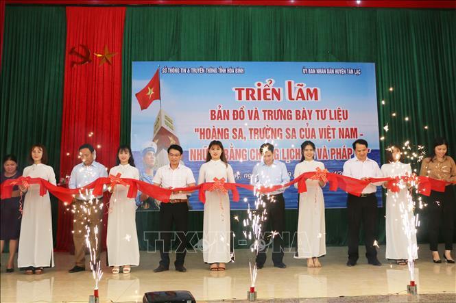 Trưng bày tư liệu về 'Hoàng Sa, Trường Sa của Việt Nam tại Hòa Bình Ảnh 1