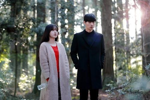 Gu thời trang của cặp vợ chồng lệch tuổi 'đẹp như hoa' xứ Hàn Ảnh 12