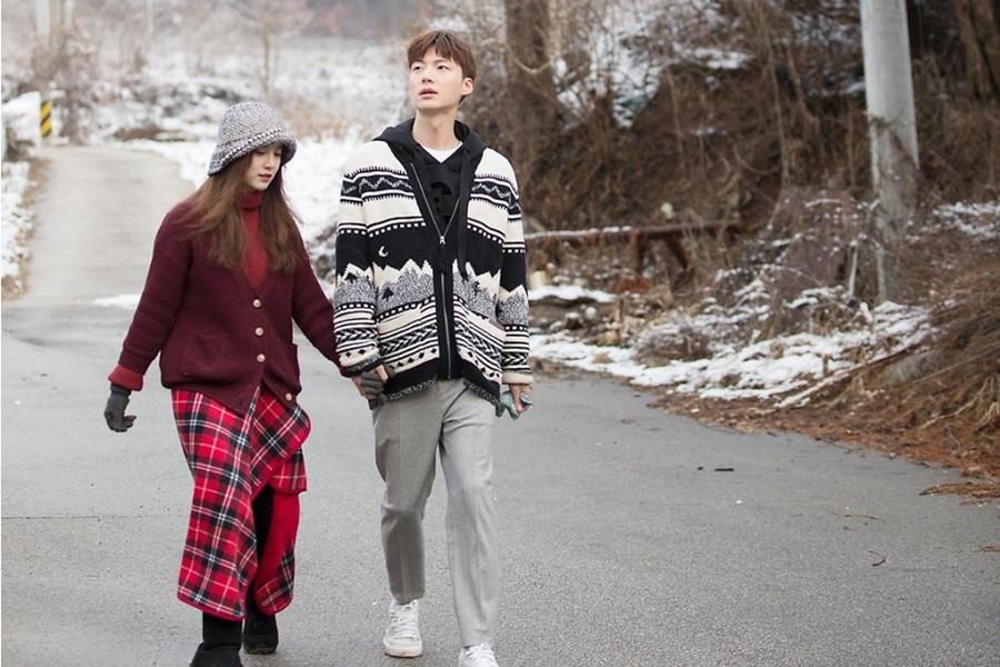 Gu thời trang của cặp vợ chồng lệch tuổi 'đẹp như hoa' xứ Hàn Ảnh 10