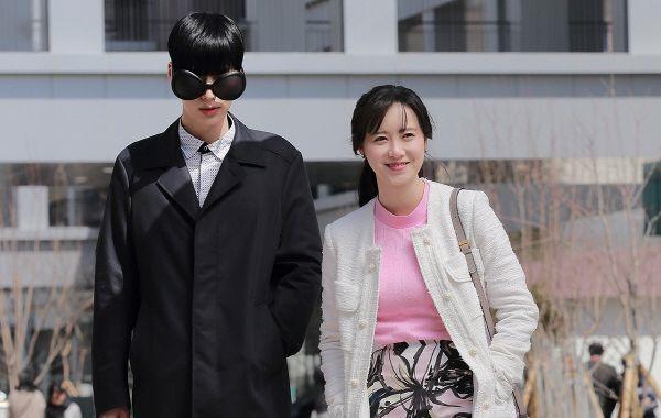 Gu thời trang của cặp vợ chồng lệch tuổi 'đẹp như hoa' xứ Hàn Ảnh 9
