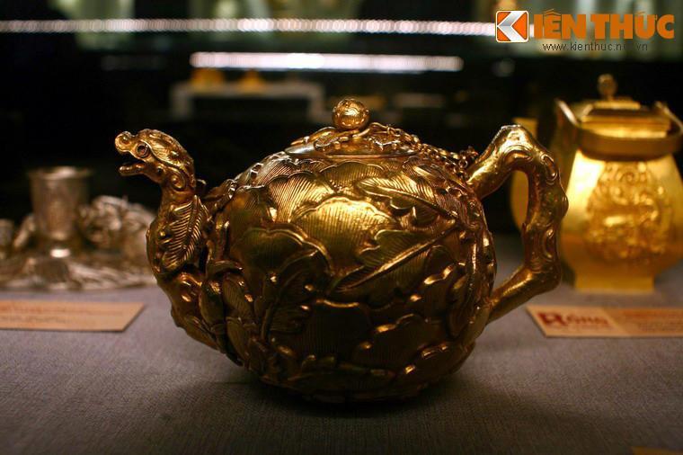 Lóa mắt trước bộ sưu tập rồng bằng vàng khối nhà Nguyễn Ảnh 6