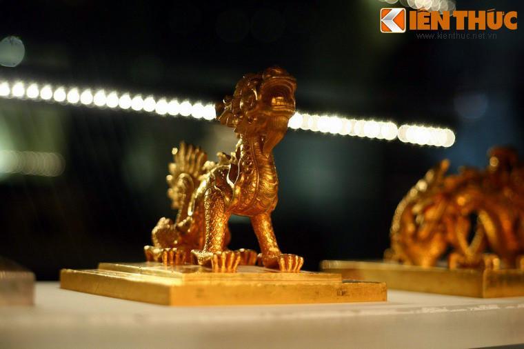Lóa mắt trước bộ sưu tập rồng bằng vàng khối nhà Nguyễn Ảnh 3