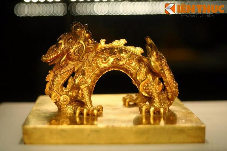 Lóa mắt trước bộ sưu tập rồng bằng vàng khối nhà Nguyễn Ảnh 1