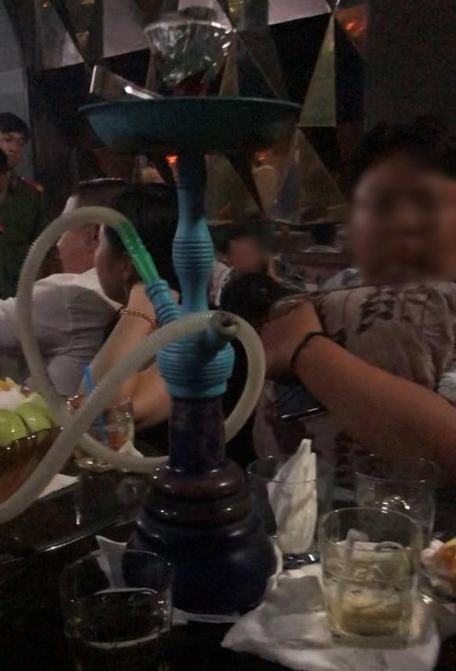 Gần 100 dân chơi ở Sài Gòn nghi phê ma túy ở vũ trường Đông Kinh Ảnh 3