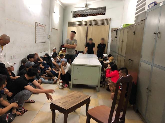 Gần 100 dân chơi ở Sài Gòn nghi phê ma túy ở vũ trường Đông Kinh Ảnh 5