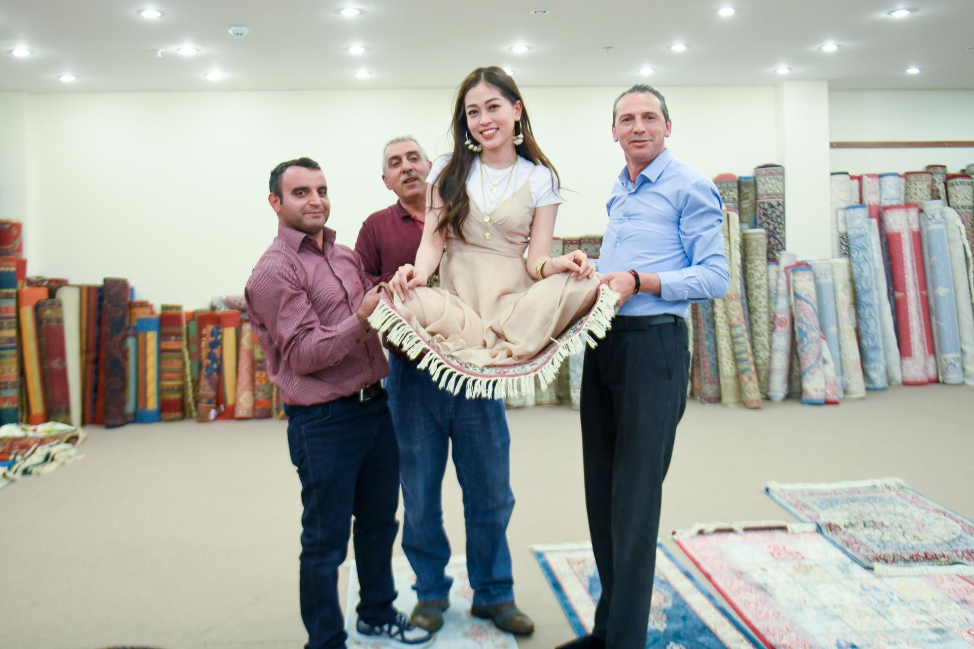 Á hậu Phương Nga tình tứ với bạn trai Bình An ở Thổ Nhĩ Kỳ Ảnh 2