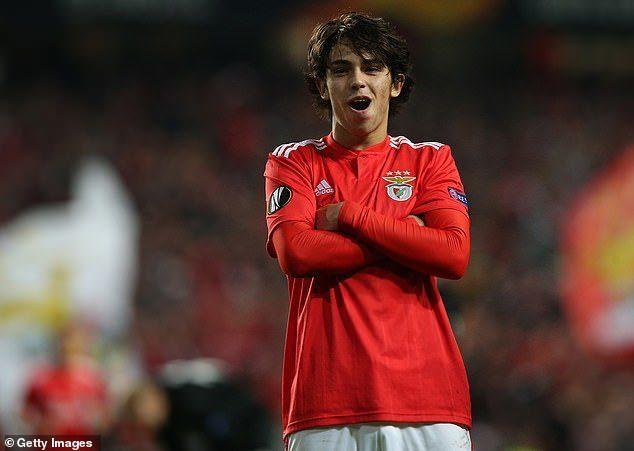 Chuyển nhượng 12/4: Real chốt 3 mục tiêu; CĐV MU đòi mua 'Ronaldo mới' Ảnh 1